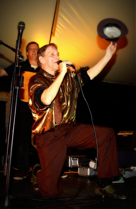 Watermelon Slim and Steve Gilles New Plymouth Butlers Reef live